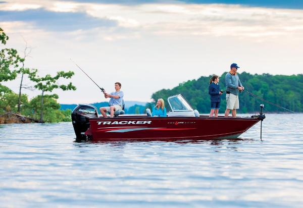 2016 Tracker Boats boat for sale, model of the boat is Pro Guide V-175 Combo & Image # 2 of 19
