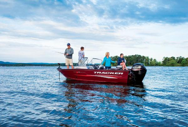 2016 Tracker Boats boat for sale, model of the boat is Pro Guide V-175 Combo & Image # 3 of 19