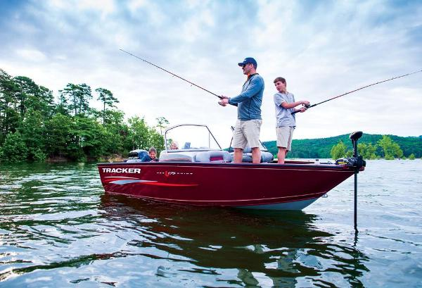 2016 Tracker Boats boat for sale, model of the boat is Pro Guide V-175 Combo & Image # 6 of 19