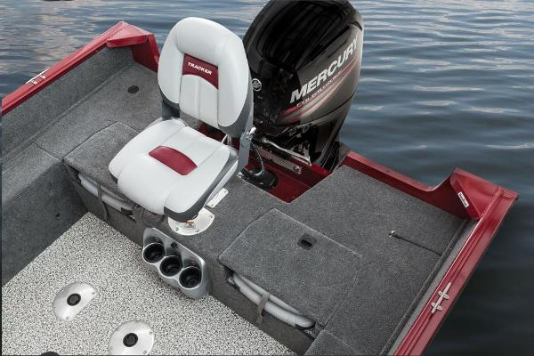2016 Tracker Boats boat for sale, model of the boat is Pro Guide V-175 Combo & Image # 12 of 19