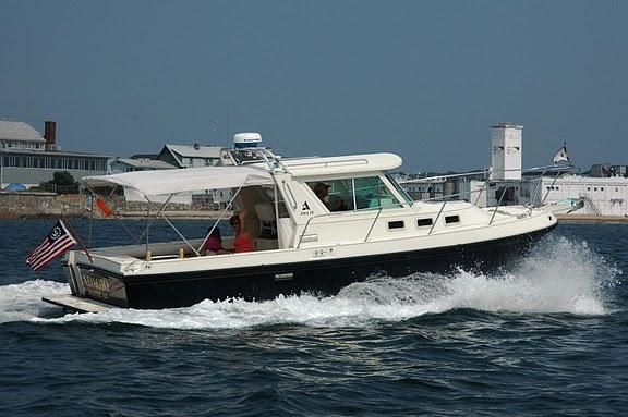 Albin 28 TE Express Cruiser. Listing Number: M-3650620 28' Albin 28 TE