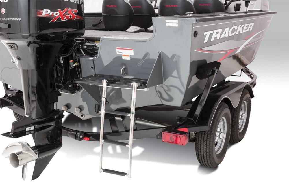 Tracker Targa V18 Full Enclosure