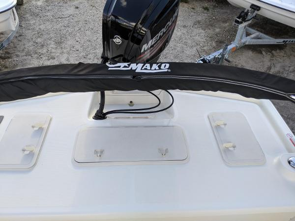 2019 Mako boat for sale, model of the boat is Pro Skiff 19 CC & Image # 21 of 26