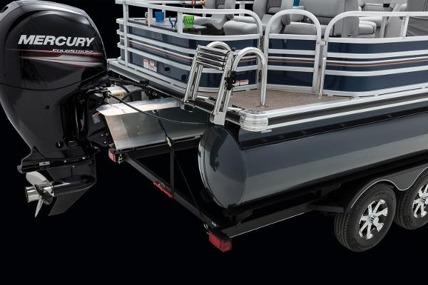 2021 Ranger Boats boat for sale, model of the boat is 220F & Image # 18 of 21