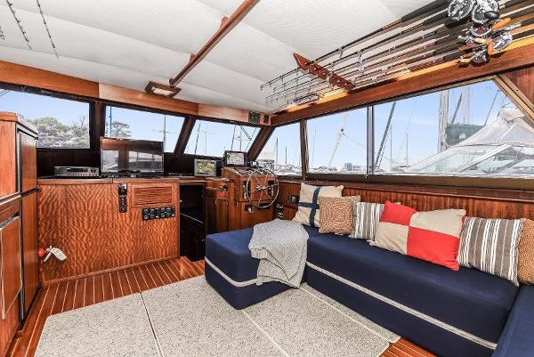 Picture Of:  56' Hatteras 56 SeaKeeper 2010Yacht For Sale | 2 of 30