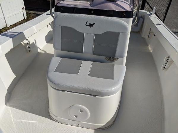 2018 Mako boat for sale, model of the boat is 184 CC & Image # 17 of 28