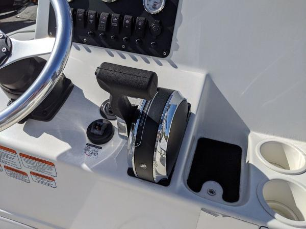 2018 Mako boat for sale, model of the boat is 184 CC & Image # 24 of 28