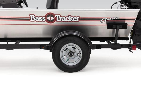 2019 Tracker Boats boat for sale, model of the boat is Bass Tracker Classic & Image # 9 of 25