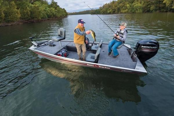 2019 Tracker Boats boat for sale, model of the boat is Bass Tracker Classic & Image # 20 of 25