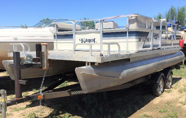 1982 HARRIS COMMODORE for sale