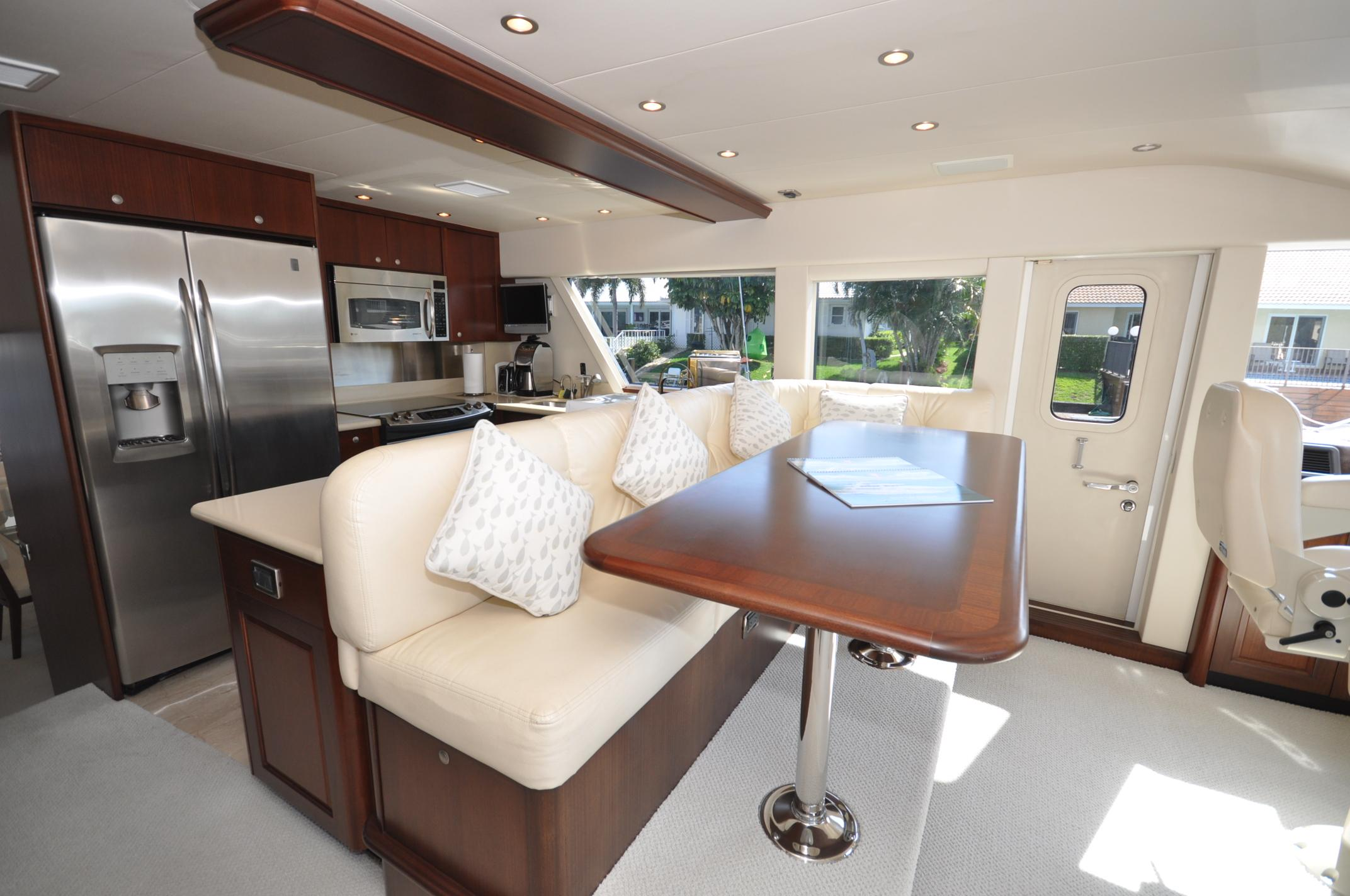 Galley / Pilothouse Dinette