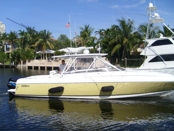 2001 Intrepid 377 WA Location: FT.LAUDERDALE US. $129000.00
