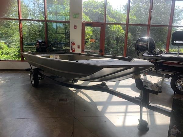 2020 Tracker Boats boat for sale, model of the boat is Grizzly 1648 Jon & Image # 1 of 21