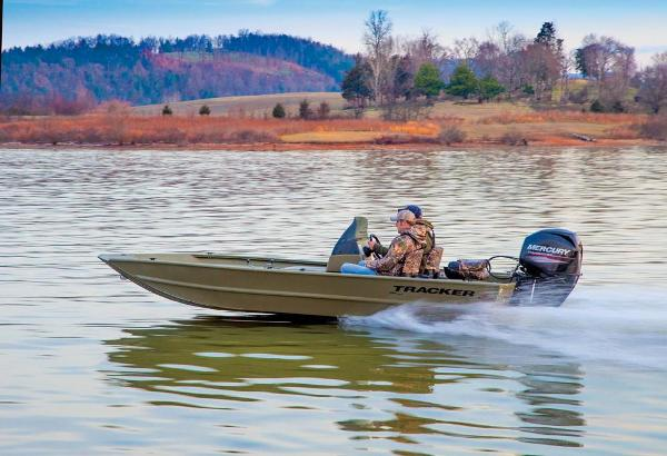2016 Tracker Boats boat for sale, model of the boat is Grizzly 1754 MVX SC & Image # 8 of 38