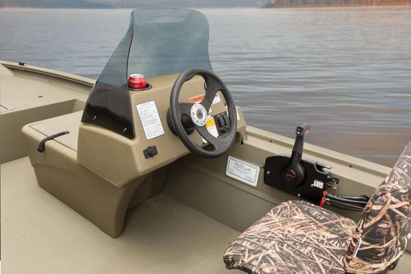 2016 Tracker Boats boat for sale, model of the boat is Grizzly 1754 MVX SC & Image # 26 of 38