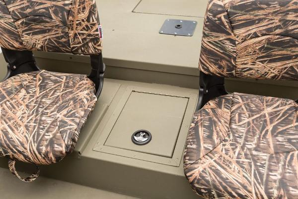 2016 Tracker Boats boat for sale, model of the boat is Grizzly 1754 MVX SC & Image # 28 of 38