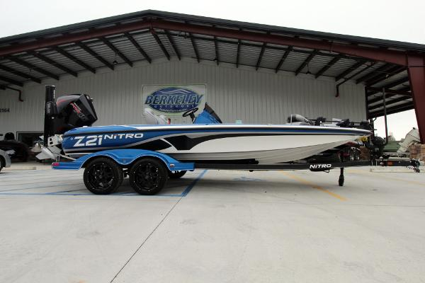 2020 Nitro boat for sale, model of the boat is Z21 Pro & Image # 1 of 51
