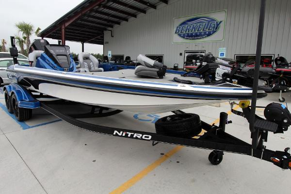 2020 Nitro boat for sale, model of the boat is Z21 Pro & Image # 2 of 51
