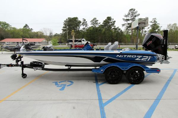 2020 Nitro boat for sale, model of the boat is Z21 Pro & Image # 6 of 51