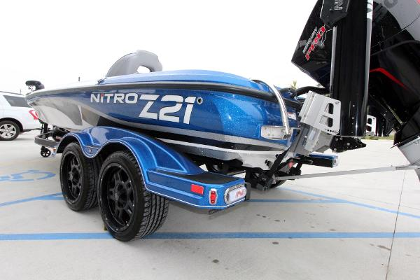 2020 Nitro boat for sale, model of the boat is Z21 Pro & Image # 7 of 51