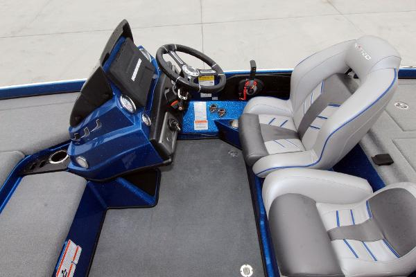 2020 Nitro boat for sale, model of the boat is Z21 Pro & Image # 14 of 51