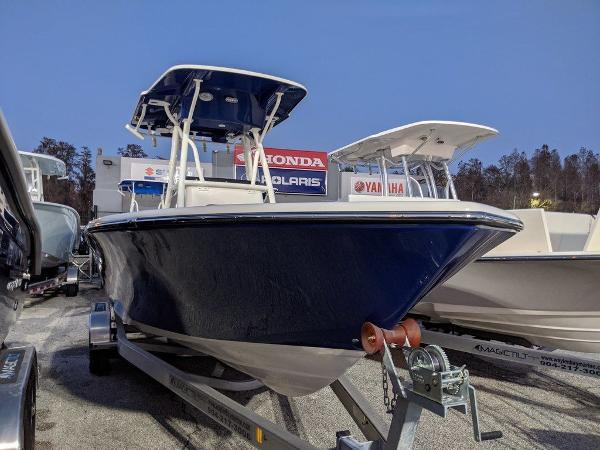 2019 Sea Born boat for sale, model of the boat is LX24-CC & Image # 1 of 38