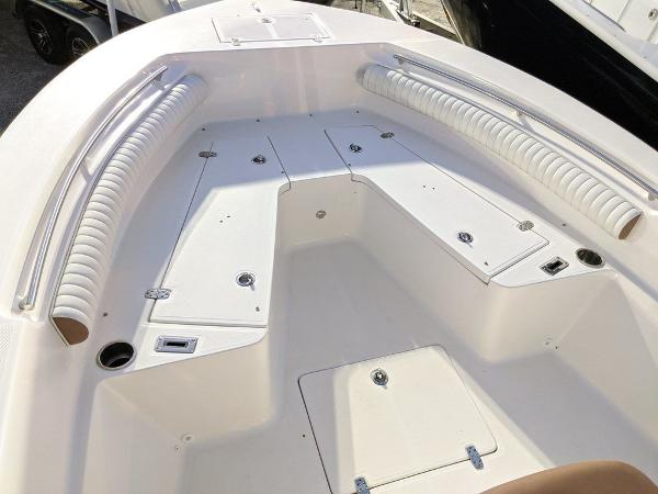 2019 Sea Born boat for sale, model of the boat is LX24-CC & Image # 24 of 38
