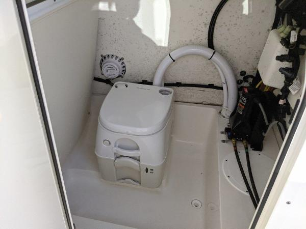 2019 Sea Born boat for sale, model of the boat is LX24-CC & Image # 30 of 38