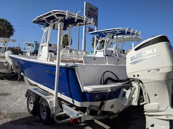 2019 Sea Born boat for sale, model of the boat is LX24-CC & Image # 3 of 34