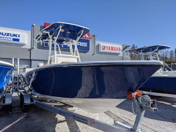 2019 Sea Born boat for sale, model of the boat is LX24-CC & Image # 1 of 34