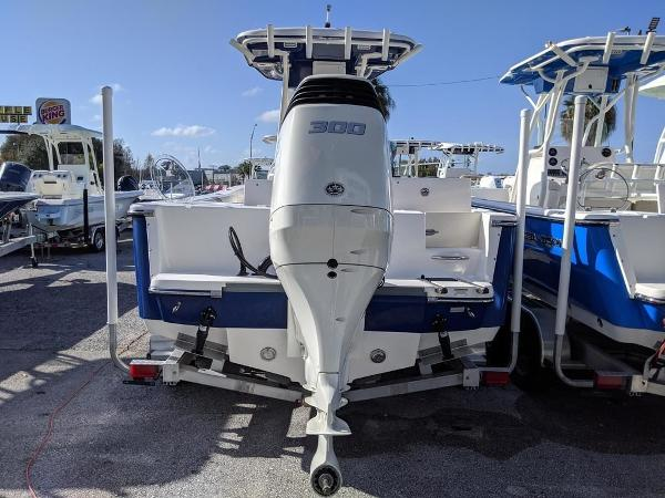 2019 Sea Born boat for sale, model of the boat is LX24-CC & Image # 8 of 34
