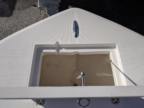 2019 Sea Born boat for sale, model of the boat is LX24-CC & Image # 17 of 34