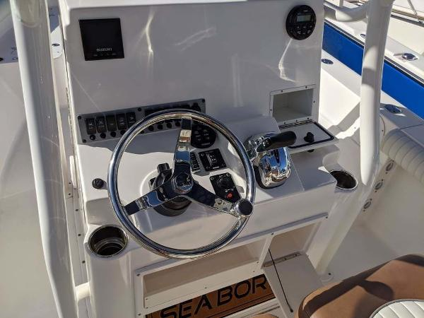 2019 Sea Born boat for sale, model of the boat is LX24-CC & Image # 22 of 34