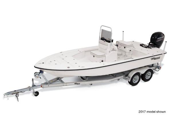 2018 Mako boat for sale, model of the boat is 21 LTS & Image # 2 of 5
