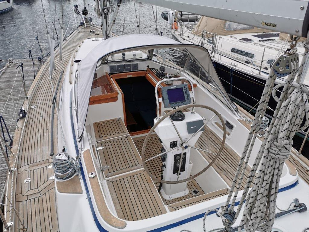 Hallberg-Rassy 37 boat for sale