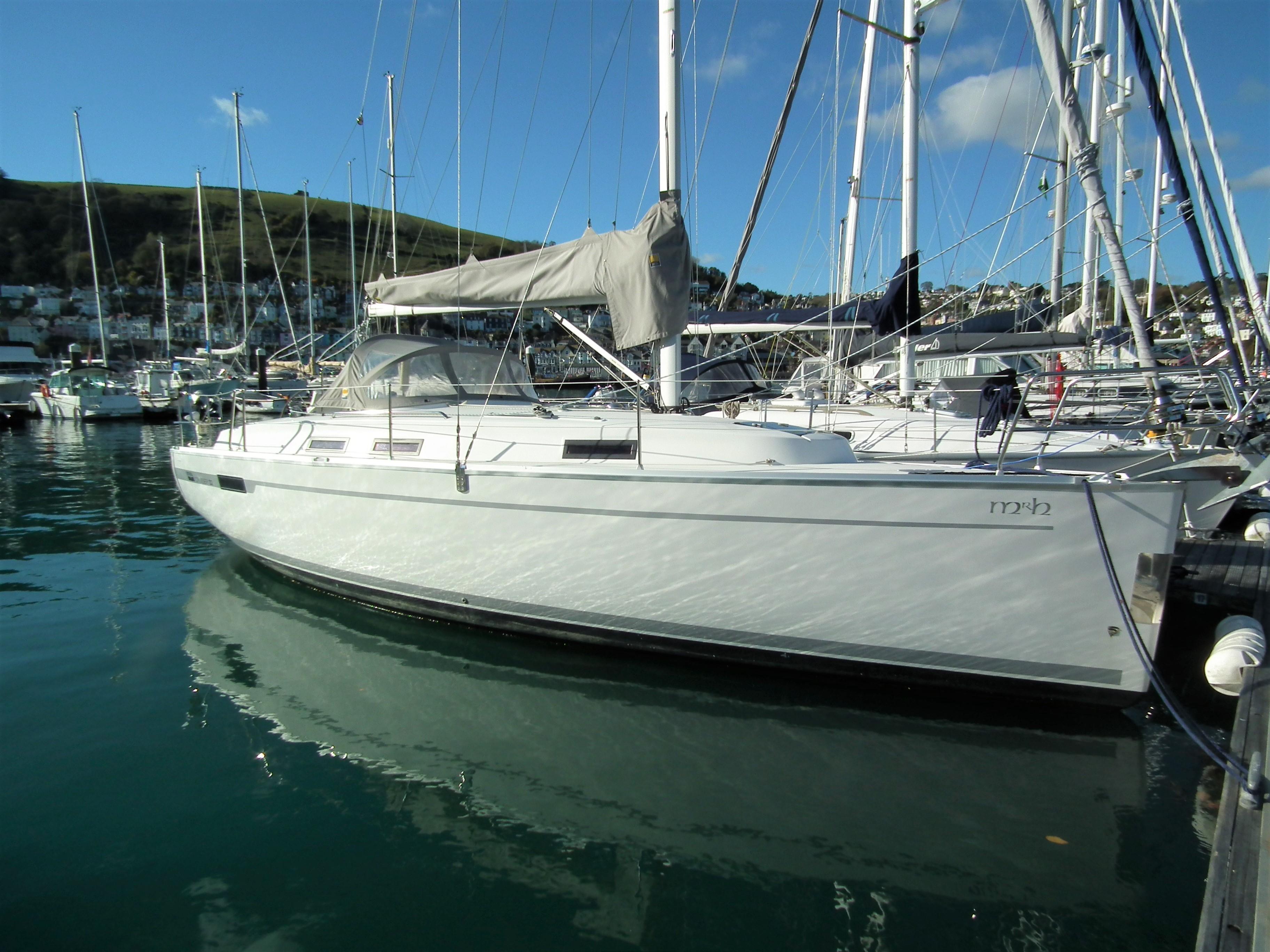 Bavaria Cruiser 32 Starboard