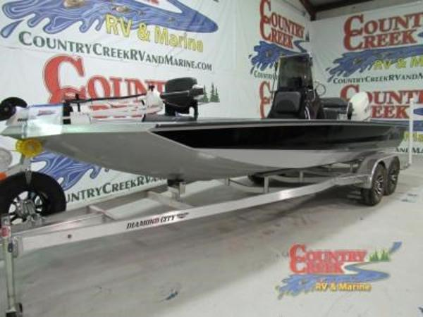 2018 Excel boat for sale, model of the boat is 220 & Image # 1 of 18