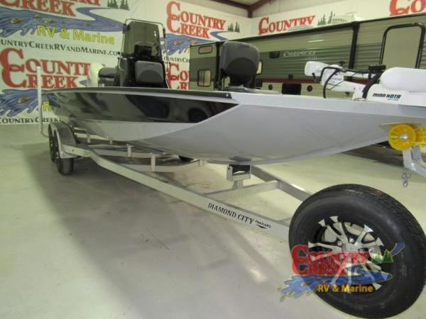 2018 Excel boat for sale, model of the boat is 220 & Image # 6 of 18
