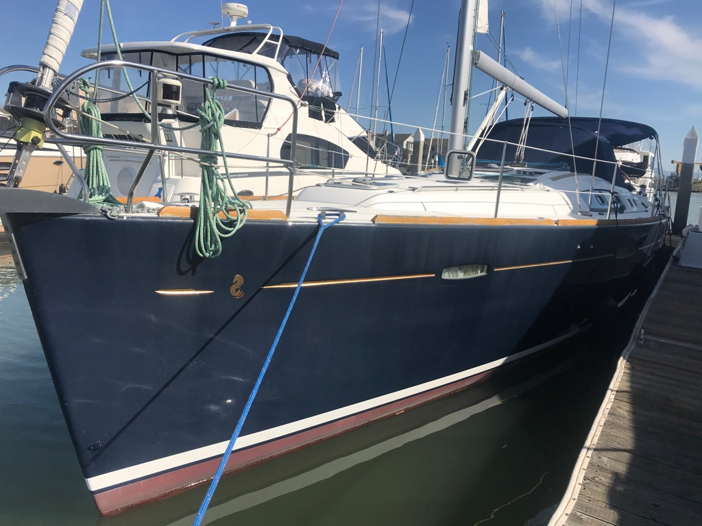 Clean, Well Kept with New Carbon Sail!