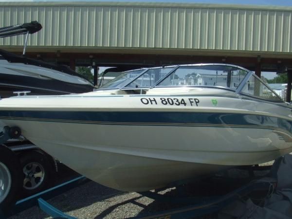 1995 LARSON 174 BOWRIDER for sale