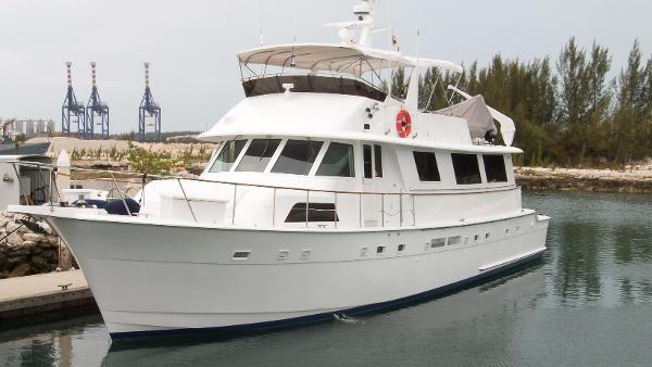 72 39 hatteras 1986 fort lauderdale fl 100757315 for Motor yachts for sale in florida