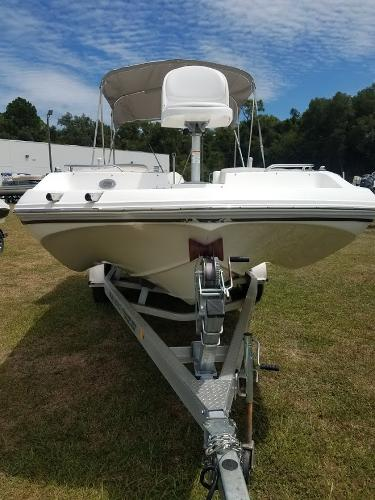 2017 Hurricane boat for sale, model of the boat is 188 & Image # 3 of 12