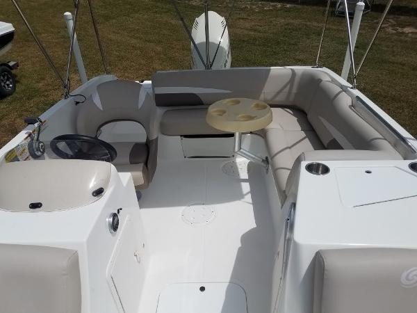 2017 Hurricane boat for sale, model of the boat is 188 & Image # 5 of 12