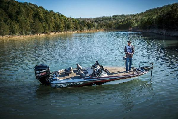 2018 Nitro boat for sale, model of the boat is Z19 & Image # 4 of 30