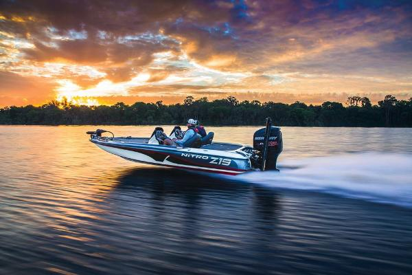 2018 Nitro boat for sale, model of the boat is Z19 & Image # 12 of 30