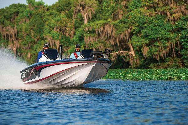 2018 Nitro boat for sale, model of the boat is Z19 & Image # 19 of 30