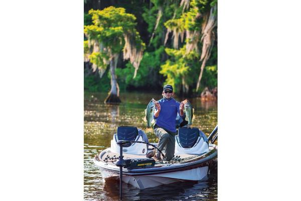 2018 Nitro boat for sale, model of the boat is Z19 & Image # 25 of 30