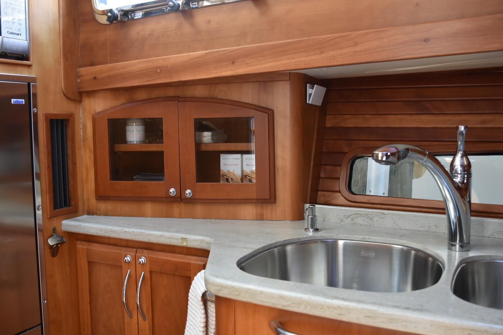 48 ft Sabre 48 SE Galley Sink