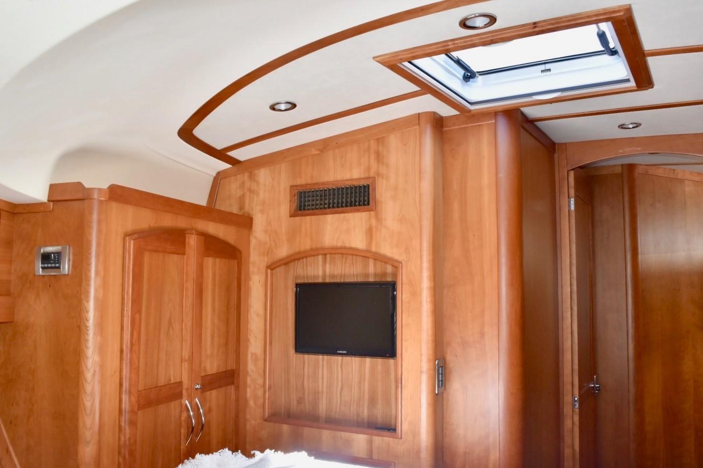 48 ft Sabre 48 SE Guest Stateroom