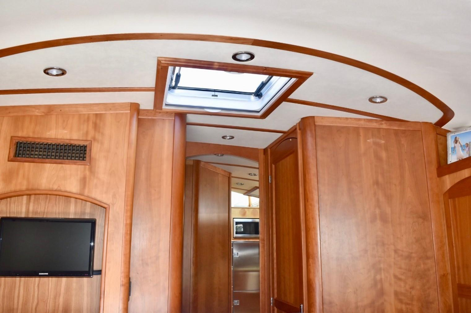 48 ft Sabre 48 SE Guest Stateroom to Companionway